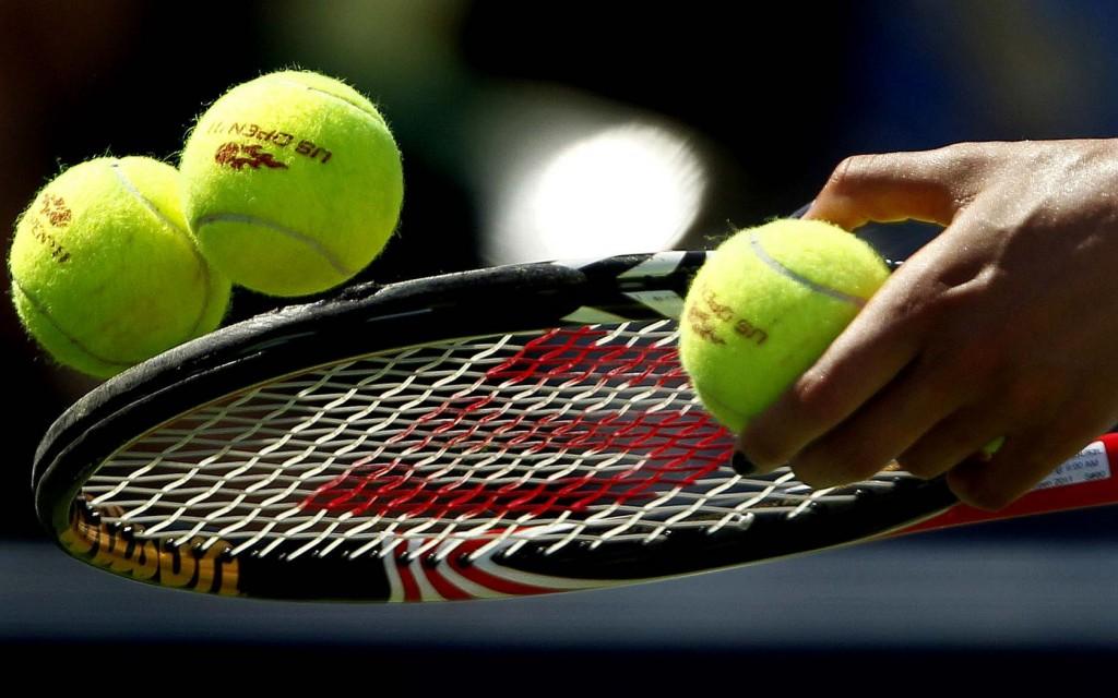 oboi-dlya-rabochego-stola-tennis